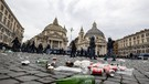 Soccer: Europa League; SS Lazio--Eintracht Frankfurt - Damages caused by Eintracht Frankfurt fans in Piazza del Popolo prior the Europa League soccer match against SS Lazio,  Rome, 13 december 2018 ANSA/MASSIMO PERCOSSI (ANSA)