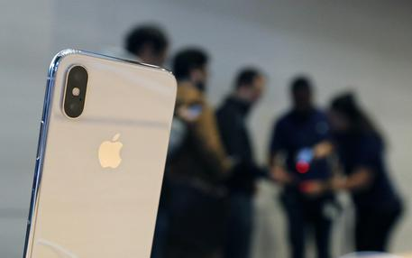 iPhone, solo un cambio per batteria low cost © AP